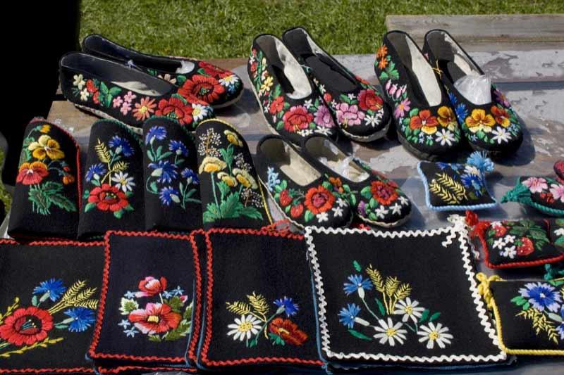 Cornflowers are a popular motif in Estonian handicrafts.  Photo credit: Estonian Tourist Board
