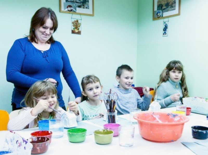 Making crafts with kids in Poland. Photo credit: David W. Allen