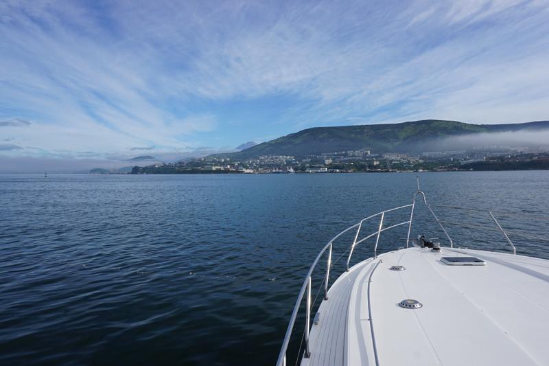 Setting out on Avacha Bay. Photo credit: Jake Smith