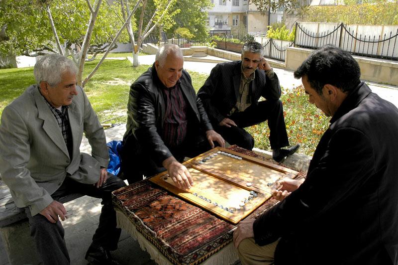 A friendly game of backgammon in Baku's market square. Photo credit: Ana Filonov
