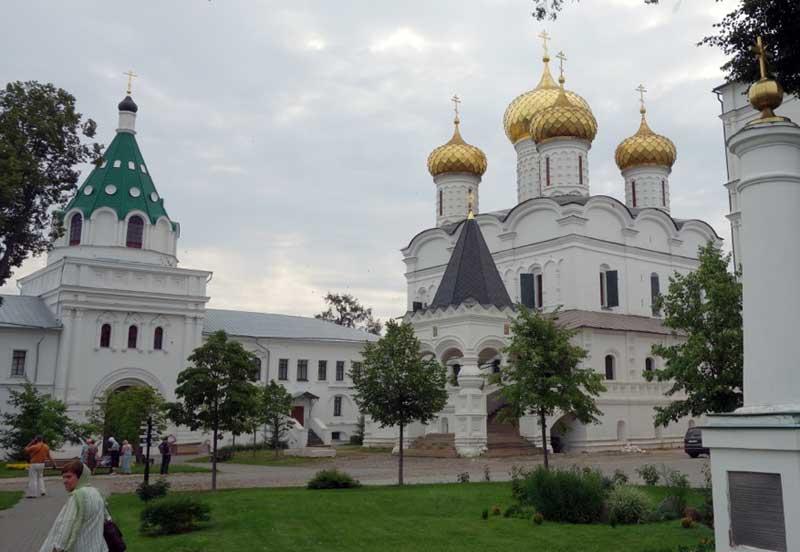 Ipatievsky Monastery in Kostroma. Photo credit: John Seckel