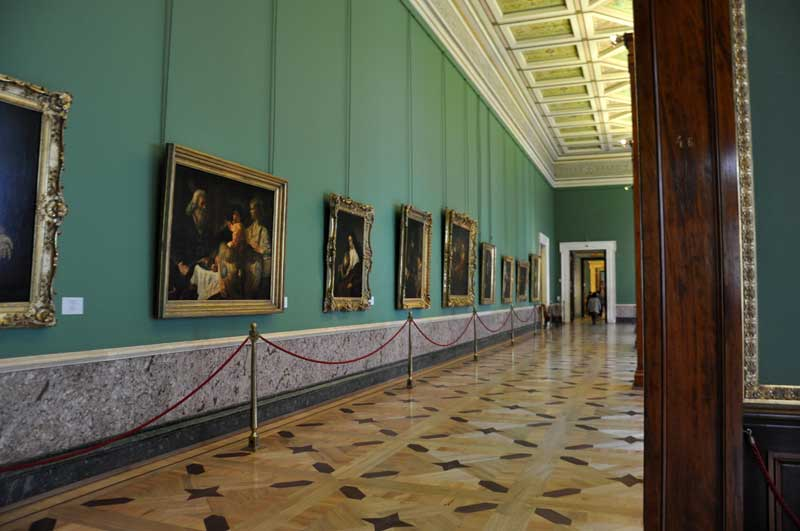 Entering the Hermitage Rembrandt Hall. Photo credit: Meaghan Samuels