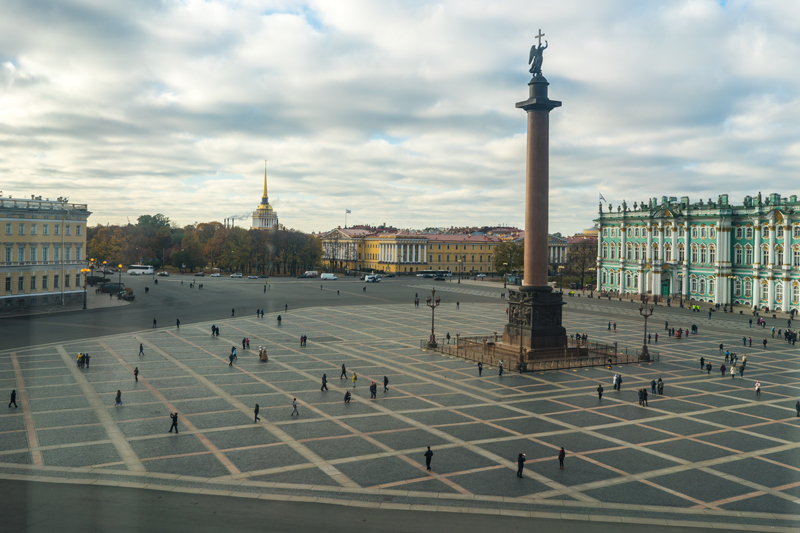 A view of the Palace Square near the Hermitage Museum, St. Petersburg. Photo credit: Jered Gorman