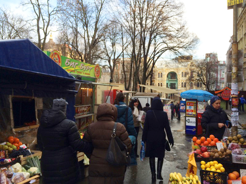 A mini market sets up shop around Khreshchatyk Street. Photo credit: Jessica Clark