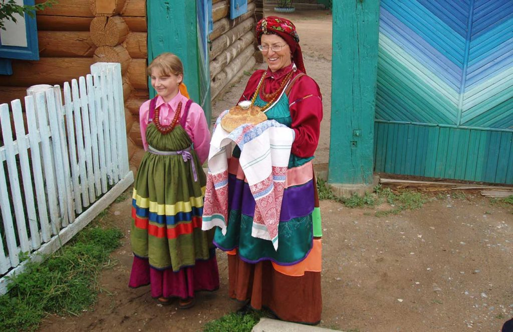 Bread and Salt Greeting, Ulan Ude, Russia. Photo credit: Martin Klimenta