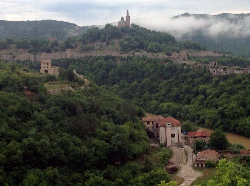 The Royal Fortress on Tsarevets Hill in Veliko Tarnovo, Bulgaria. Photo credit: Michel Behar
