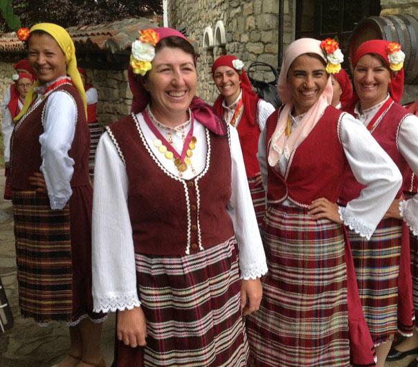 Dancers in Bulgarian national dress in Veliko Tarnovo. Photo credit: Michel Behar
