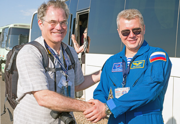 Douglas Grimes with Russian cosmonaut Oleg Novitskiy in Baikonur, Kazakhstan. Photo credit: Christopher Prentiss Michel