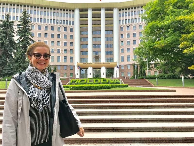 Tour Host Patricia Schultz on MIR's Belarus, Ukraine, Moldova small group tour. Photo credit: Michel Behar