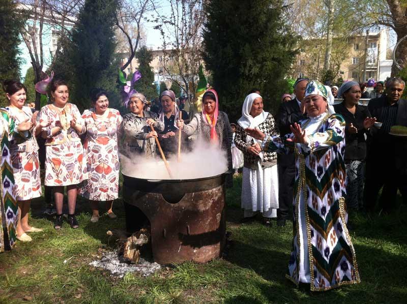 Stirring a pot of sumalak, a traditional holiday sweet, at an Uzbek Navruz celebration. Photo credit: Islom Nizomov