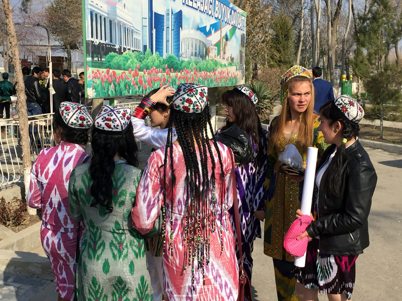 Families and friends gather for Navruz festivities in Bukhara, Uzbekistan. Photo credit: Abdu Samadov