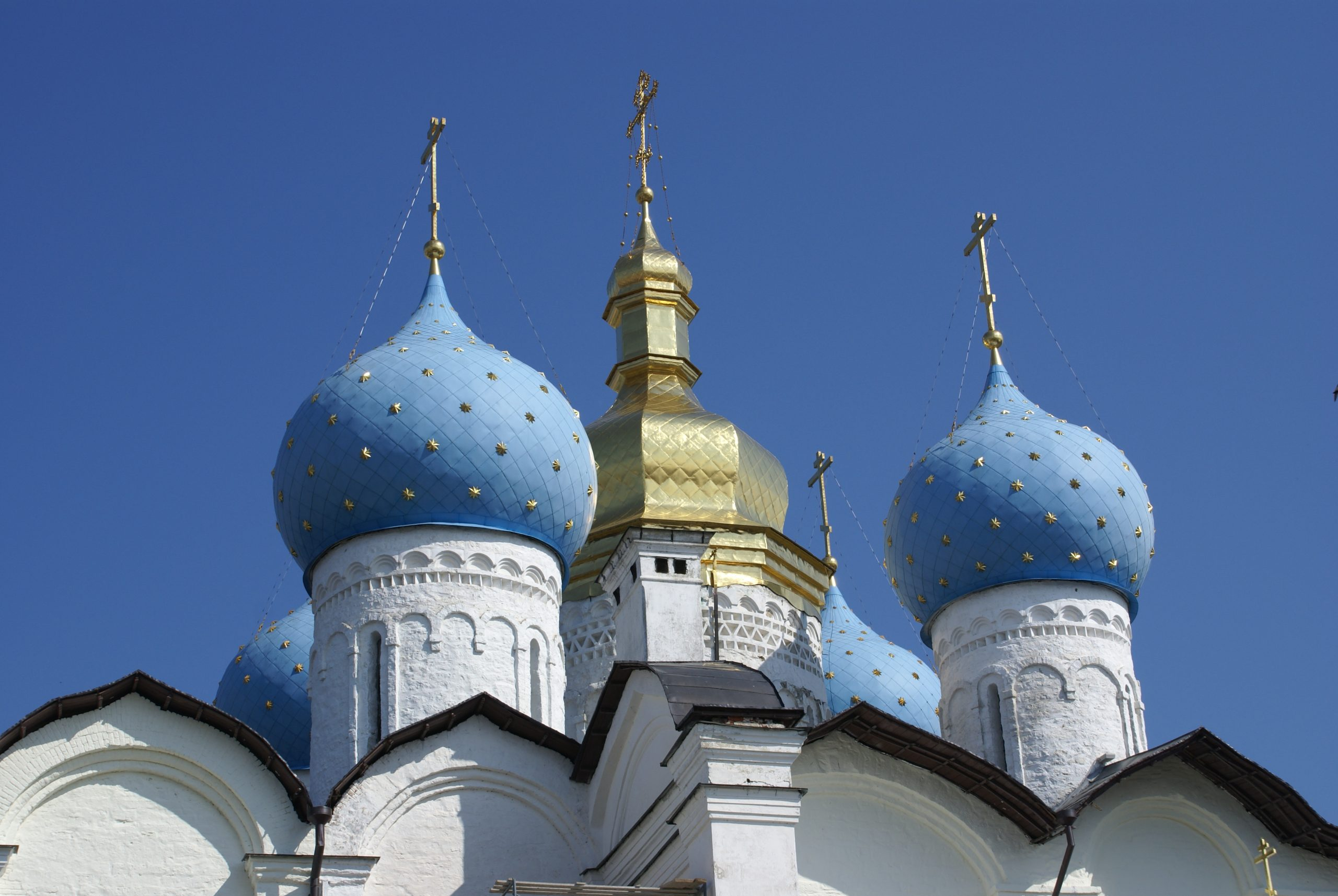 The domes of Novodevichy Convent in Moscow, Russia. Photo credit: Joanna Millick