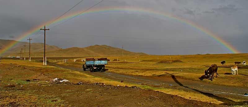 On the road towards Tajikistan and the Pamir Highway. Photo credit: Caroline Eden