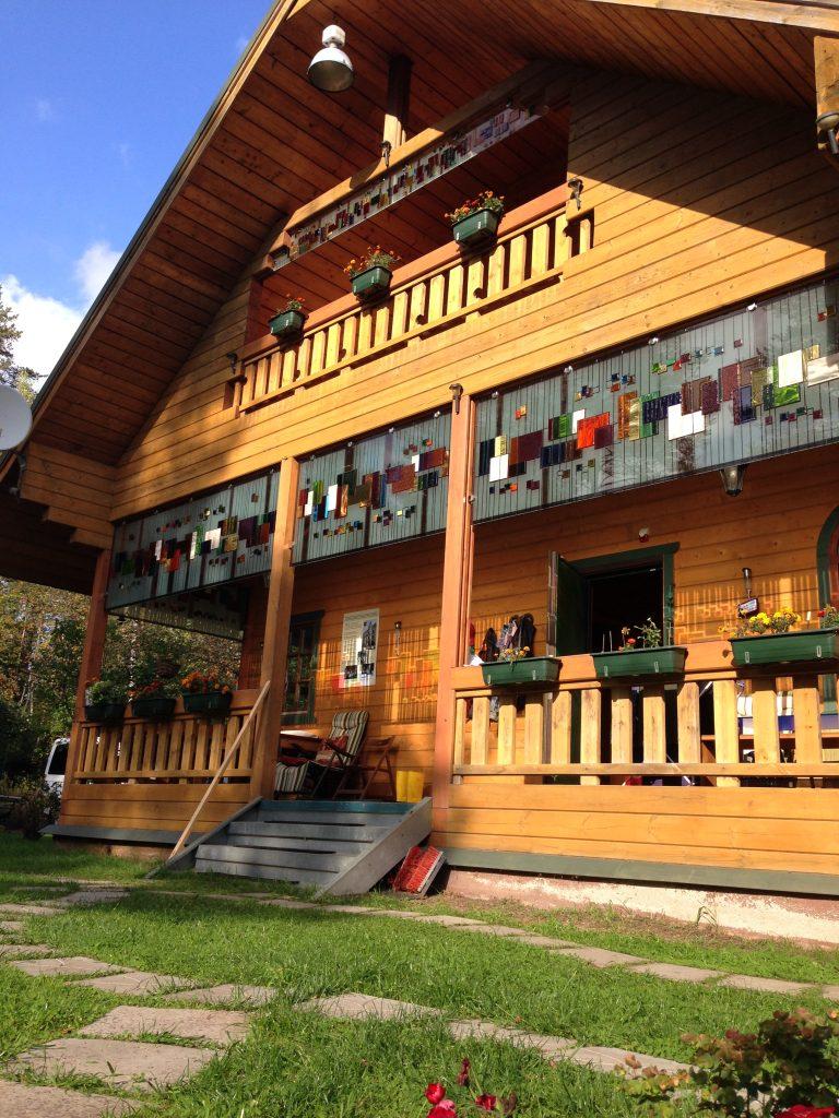 Katya's lovely wooden dacha in Komarovo. Photo credit: Katya Boyarskaya