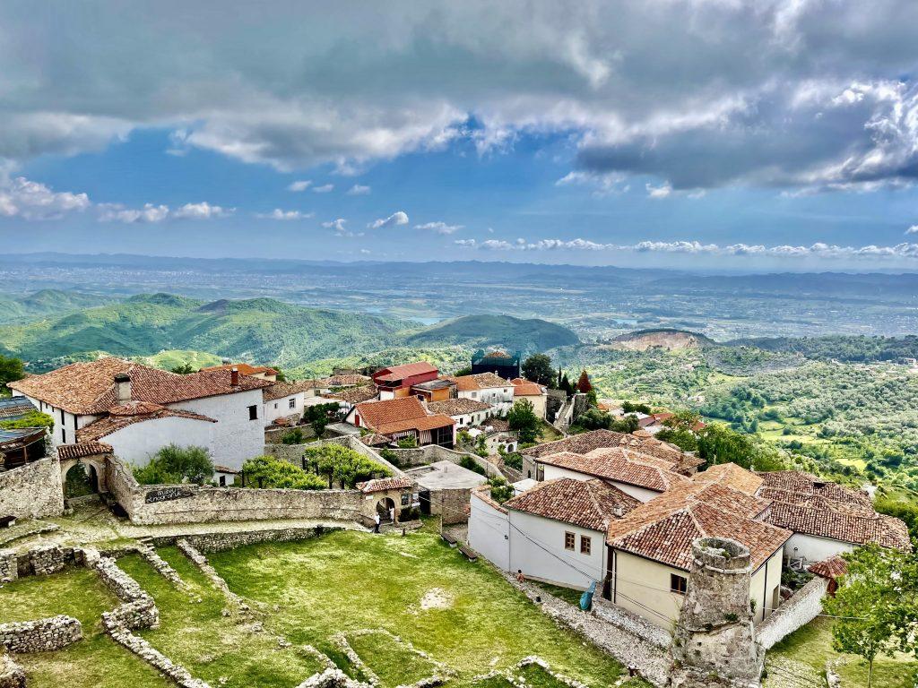 Overview of Krujë. Photo credit: Michel Behar